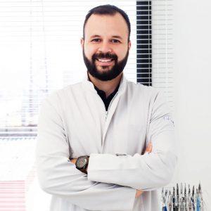 Dr. Felipe Waltrick