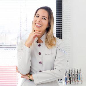 Dra. Bruna Conde Oliveira Ribeiro